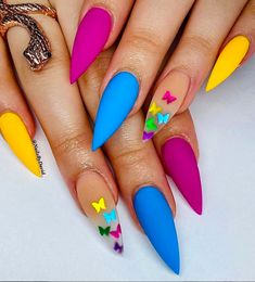 80 Prettiest Colorful Coffin Nails for the Beginning of 2020 - The First-Hand Fashion News for Females Mint Green Nails, Mint Nails, Neon Nails, Summer Acrylic Nails, Best Acrylic Nails, Colorful Nail Designs, Cute Nail Designs, Colorful Nail Art, Nail Swag