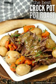 The Best Crock pot Roast Recipe - Easy Crock Pot Roast Recipe The Best Crock Pot Roast Recipe that you can make without seasoning packets. Try this easy and delicious Crock Pot roast with veggies that taste amazing! Crock Pot Chuck Roast, Chuck Roast Recipes, Beef Pot Roast, Slow Cooker Roast, Pot Roast Recipes, Crock Pot Slow Cooker, Crock Pot Cooking, Dinner Recipes, Best Crockpot Roast