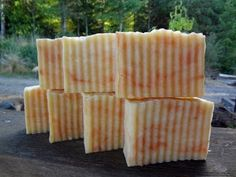 How to make homemade lye soap in a crock pot, step by step, hot process with recipes, using essential oils for scent and natural food spice to color. Homemade Bar, Homemade Soap Recipes, How To Make Homemade, Lye Soap, Castile Soap, Soap Molds, Soap Test, Coconut Oil Soap, Soap Cake