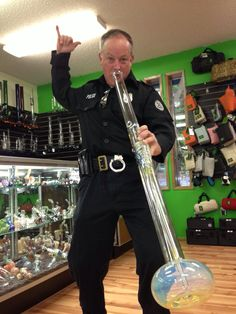 Doin' the bull dance... feelin' it. #police love #marijuana too. #bong #ithc