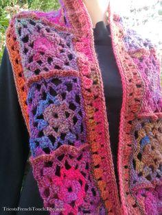 Articles similaires à snood laine femme écharpe laine granny tube col laine accessoire  mode automne hiver en laine écharpe femme snood fille FrenchTouch. 65ec411d9ed