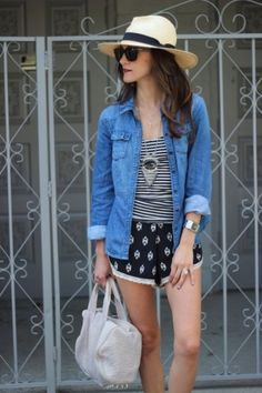 Mixed Prints for an afternoon at the flea market.  #summer #outfitinspiration