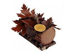 buche de noël - sooo much yummier than christmas pudding!  available in all patisseries throughout the festive season