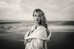 Ella - Photographer : Marc Lagrange