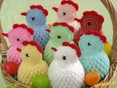 Pletené pruhované vlněné bodíky / Zboží prodejce Monchéri baby props and toys Crochet Butterfly, Crochet Birds, Easter Crochet, Crochet Animals, Crochet Doilies, Crochet Flowers, Crochet Amigurumi, Amigurumi Patterns, Crochet Yarn