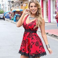 Bom dia florzinhas Que tal esse vestido maravilhoso! Já está disponível em nossa loja virtual www.boutiqueflordocaribe.com.br Disponível nas cores Vermelha ✔️Frete grátis acima de 450,00 para todo Brasil ✔️Parcelamos em até 6x sem juros #flordocaribe #vestidos #boutiqueflordocaribe #amoflordocaribe #loucasporlimone