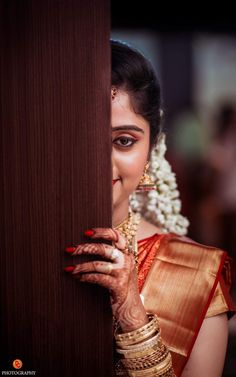 Cute Couples Photography, Kerala Wedding Photography, Wedding Photography Poses, Wedding Poses, Wedding Shoot, Concept Photography, Outdoor Photography, Bengali Bridal Makeup, Indian Bridal