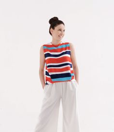 A top can make you smile! Rimini texture on 100% viscose top. STRIPES, SEA DRESS, COLOURS, PATTERNS, PRINTS, STAMPE, TEXTURES, ALL OVER, WOMAN COLLECTION, SPRING SUMMER 2017, MADE IN ITALY, FASHION.
