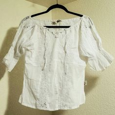 Lace top w/ruffle sleeves Lace top w/ruffle sleeves, front snapping slit Tops Blouses