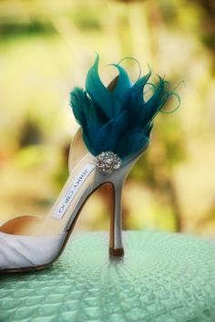 Shoe Clips Teal Green & Pearls / Rhinestone. Couture Bride Bridal Bridesmaid Feathered Accessory, Chic Statement Christmas Fashion Under 100