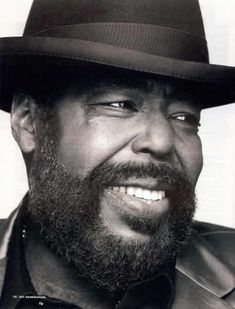Barry White, born Barry Eugene Carter, was an American composer and singer-songwriter. A two-time Grammy Award-winner known for his distinctive bass voice and romantic image, White's greatest success . Soul Jazz, Soul Musik, Good Music, My Music, Don Corleone, Blues Rock, Hip Hop, Romantic Images, Music Icon
