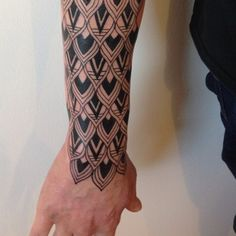 Roxx Tattoo                                                                                                                                                      Mais