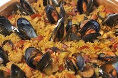 Μύδια πιλάφι European Dishes, Fish And Seafood, Paella, Cooking, Ethnic Recipes, Kitchen, Kochen, Brewing, Cuisine