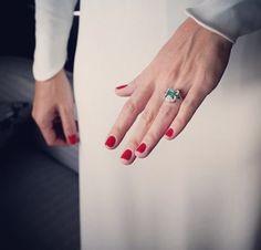 Uñas rojas para novias