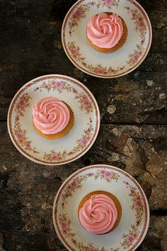 Egg-less Vanilla Cupcakes