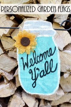 Make personalized garden flags for your yard including this fun summer mason jar flag!