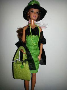 vêtement poupée mannequin Barbie (219)