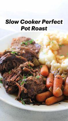 Crockpot Dishes, Crock Pot Slow Cooker, Crock Pot Cooking, Beef Dishes, Slow Cooker Recipes, Crockpot Recipes, Crock Pots, Pot Roast Recipes, Meat Recipes
