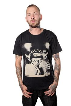 Miesten Nyrkkeilijä Yoda T-paita   Cybershop Boy Fashion, Fashion Tips, Autumn Fashion, Boys, Mens Tops, T Shirt, Shopping, Fashion For Boys, Fashion Hacks