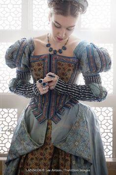 © Lee Avison / Trevillion Images - tudor-medieval-woman-by-window (Mix Women) Mode Renaissance, Costume Renaissance, Medieval Costume, Renaissance Fashion, Medieval Dress, Medieval Clothing, 1500s Fashion, Women's Fashion, Historical Women