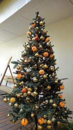 13 days of creepmas halloween christmas tree inspiration