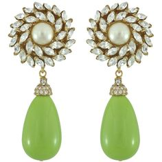 Ciner for Sophie Kelly Green Crystal Flower Drop Earrings ($406) ❤ liked on Polyvore featuring jewelry, earrings, accessories, flower earrings, crystal jewelry, drop earrings, swarovski crystal jewelry and 18k jewelry