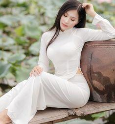 Vietnamese Clothing, Vietnamese Dress, Ao Dai, Beautiful Asian Women, Beautiful Indian Actress, Black Satin Dress, Silk Dress, Vietnamese Traditional Dress, Vietnam Girl