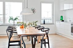 rooftop apartment_malmo_dining table_Y wishbone chair Kitchen Dinning, Kitchen Chairs, Dining Area, Dining Table, Dining Chairs, Room Chairs, Cane Chairs, Wood Table, Dining Rooms