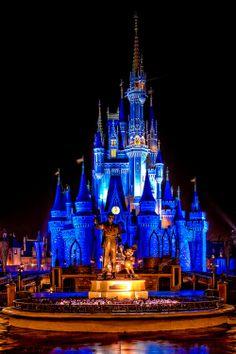 Mosaic Walls Inside Cinderella's Castle in Disney World. Cinderella Castle Cinderella's Castle Magic Kingdom, Walt Disney World Disney Dream, Disney Love, Disney Magic, Disney Art, Disney Pixar, Disney Theme, Viaje A Disney World, Walt Disney World, Disney Vacations