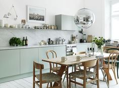 Julianne Moore's Cap Cod kitchen