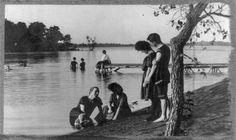 Bathing scene, Oakwood Park, Clear Lake, Iowa