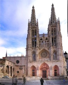 3rd largest cathedral in Spain at Burgos.  Also a UNESCO World Heritage Site.  A rest day here for sure.