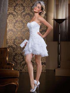 VN335 – Vestido de Noiva – Cauda Removível – Dois em Um – Em Várias Camadas de Renda