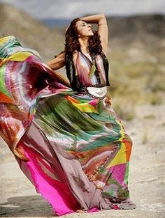 Rosario Flores, corazón salvaje Spanish Gypsy, Singer, Music, Image, Style, Fashion, Wild Hearts, Rosaries, Artists