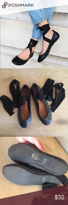 b8dd35f98f25 Free People Degas Black Leather Ballet Flats Shoes Adorable flats from Free  People! Size 36