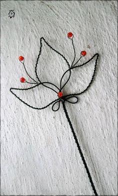 Červený květ - zápich
