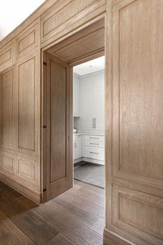 Classic Interior, Interior Trim, Küchen Design, House Design, Door Design, Built In Furniture, Home Office Decor, Home Decor, Interior Design Inspiration