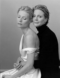 Gwyneth Paltrow and her mother Blythe Danner, by Annie Leibowitz