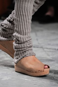 love the colors shapes and lines Rick Owens Spring 2013 Zapatos Shoes, Shoes Sandals, Rick Owens, Mode Style, Style Me, Sock Shoes, Shoe Boots, Pumps, Heels