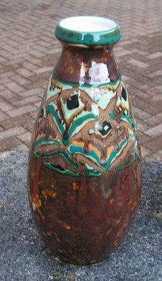 Superbe vase bouteille de Camille Tharaud à Limoges