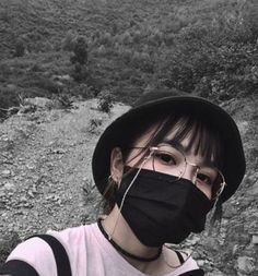aesthetic girl mask aesthetic girl Korean girl with face maskmask aesthetic girl mask aesthetic girl Korean girl with face mask Pretty Korean Girls, Cute Korean Girl, Asian Girl, Mode Ulzzang, Ulzzang Korean Girl, Mode Grunge, Grunge Girl, Korean Aesthetic, Aesthetic Girl