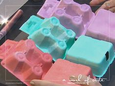 2017 Stampin Up Occasions Sneak Peek: Dyed Mini Egg Cartons in Calypso Coral, Bermuda Bay and Sweet Sugarplum Birthday Treats, Easter Treats, Apple Crate Shelves, Easter Show, Egg Crates, Craft Packaging, Easter Egg Designs, Mini Eggs, Crate Paper