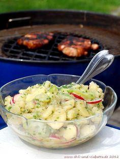 Kartoffel-Radieserl-Salat mit Gurke...I might have to go make this right now...YUM!