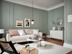 〚 Green walls and warm decor: lovely apartment in Goteborg sqm) 〛 ◾ Photos ◾Ideas◾ Design Living Room Green, My Living Room, Living Room Interior, Home Interior, Modern Interior, Home And Living, Living Room Decor, Interior Design, Sage Green Walls