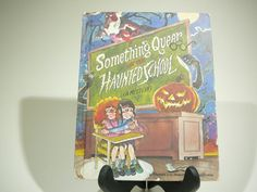 Something Queer at the Haunted School a by VintageBookMarket, $7.00 #tbec #vintage #books