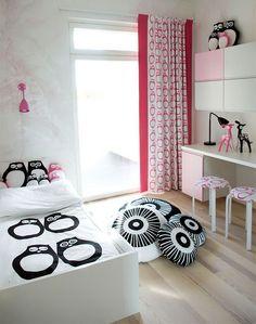 fun girls room...