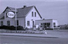 Denne Esso-tank lå, hvor Akacievej og Hadsundvej mødes i dag. Foto: Johan Christensen/Randers Stadsarkiv Foto: Ikke oplyst
