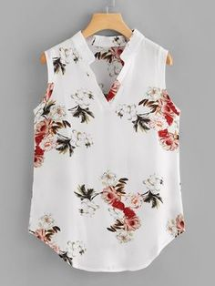 Tank Top For Women Benarasi Blouse The Rock Tank Top Plunge Blouse Red Saree With Blue Blouse Red Blouses, Blouses For Women, Summer Blouses, Floral Tops, Floral Prints, Floral Fabric, Fashion News, Fashion Outfits, Schneider