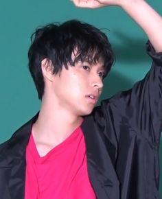 Kento Yamazaki.. 山﨑賢人 Dan