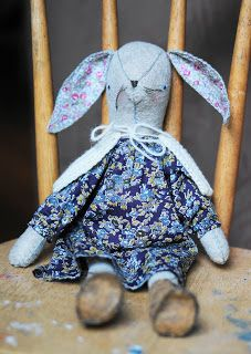 By Sarah of ballhankandskein.blogspot.com Cape Pattern, Sewing Kit, Getting Cozy, Girl Birthday, Crochet Patterns, Bunny, Capelet, Dolls, Rabbits